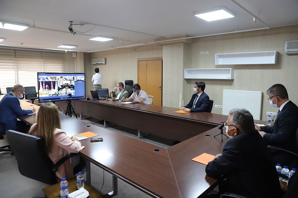 Başkan Büyükkılıç, AK Parti İl Başkanları Toplantısına Katıldı