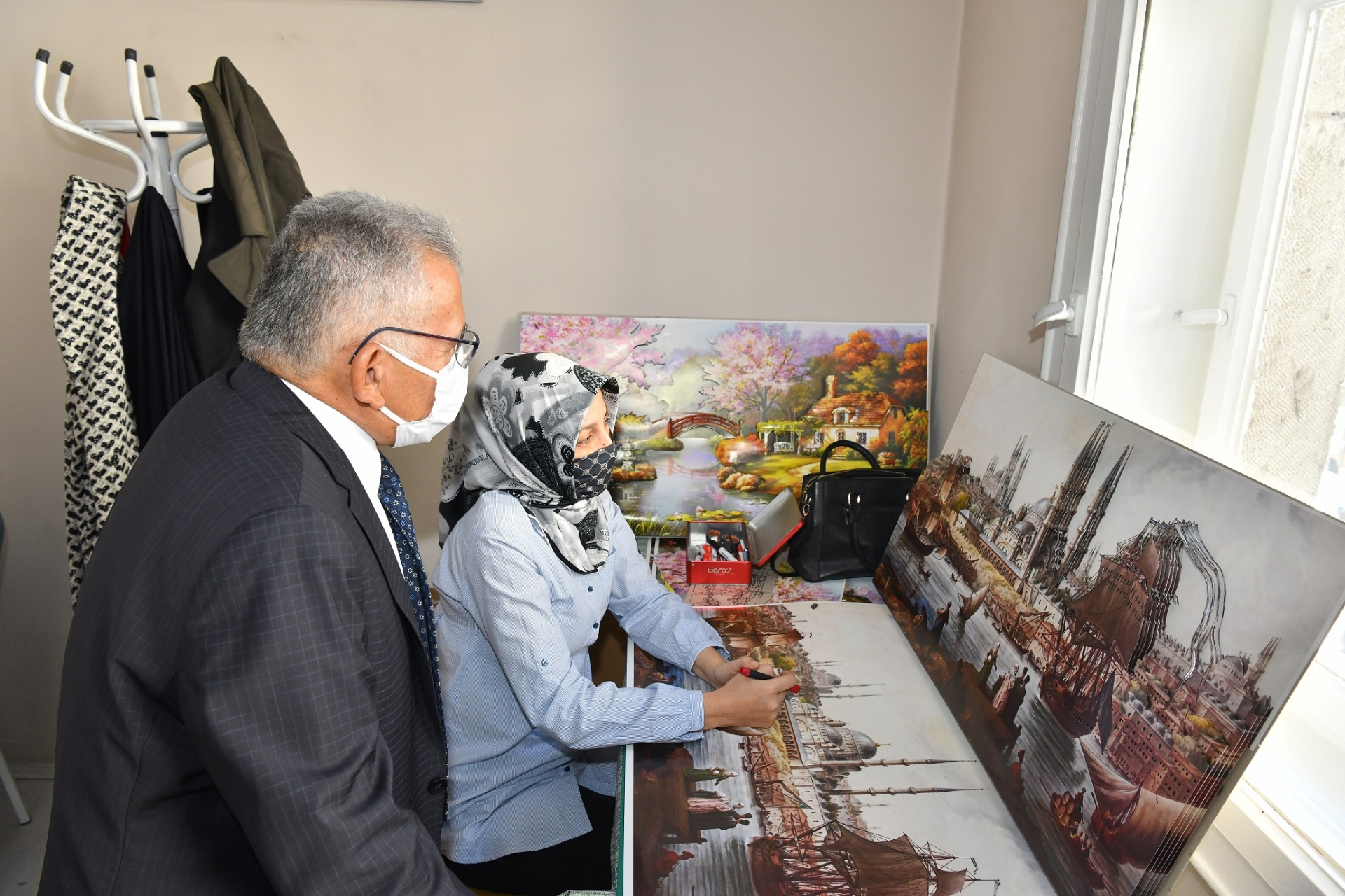 Başkan Büyükkılıç'tan Sanat ve Mesleki Eğitim Kursları'na Ziyaret