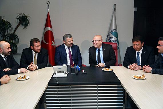 AK Parti İl Yönetimi'nden Tebrik Ziyareti